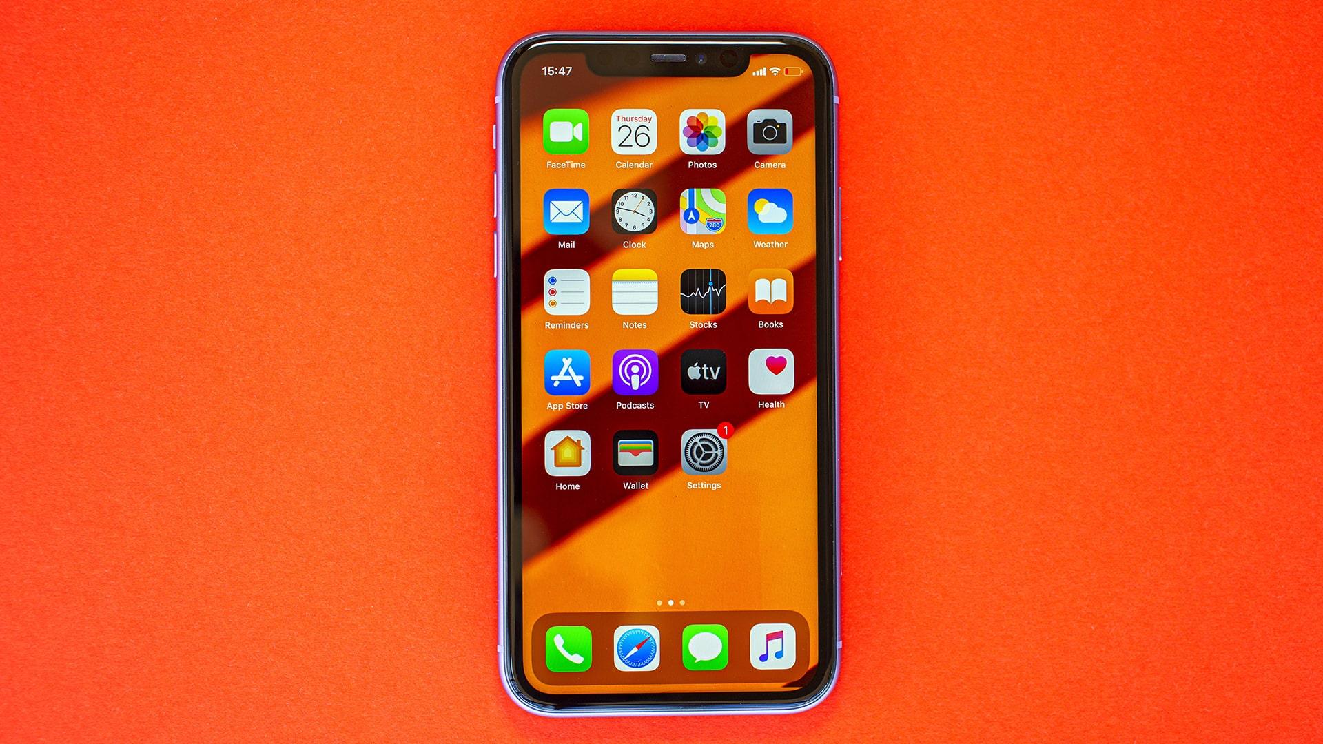 نقد و بررسی گوشی Apple iPhone 11