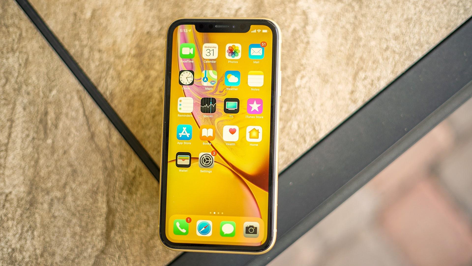 نقد و بررسی گوشی Apple iPhone XR - گوشی پلازا